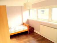 £90pw per person Twin room available in dalston junction