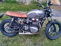 Bonnie T100 custom build - cafe racer/brat old school