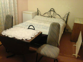 A large room to rent immediately for 2 months as short term (April until 01 st June).