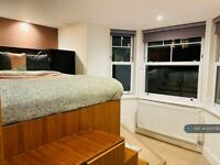 1 bedroom flat in Dennington Park Road, London, NW6 (1 bed) (#1235795)