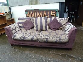 Large 3 or 4 Seat Sofa Very Comfy Delivery Available