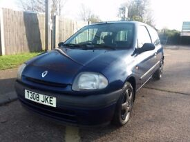 RENAULT CLIO AUTOMATIC ONLY 36,000 MILES 1 YEARS MOT