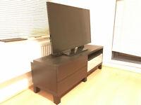 "Samsung 40"" Smart TV + High Quality Stand"