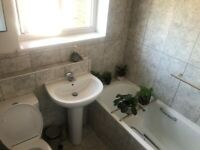 ACTON VALE,W3,TWO BEDRM FLAT TO LET