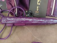 ghd Purple Straightener Set in Pouch with Travel Cases and Built-In Heat Mat