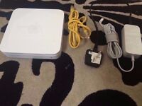 Apple Airport Extreme A1143 With Power Supply - 100% FULL WORKING CONDITION - BARGAIN AT £20 !!!