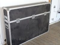 Large Flight case with removable lid