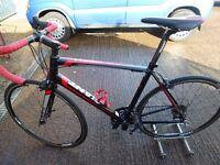 Giant Defy 1 Road Bike. Medium/Large Frame. Very Fast & Light. Great Condition. Carbon Fork & Stem