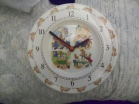 Bunnykins Royal Doulton clock