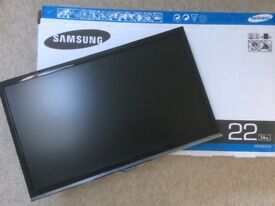 SAMSUNG 22inch Full HD (1080p) LED TV with freeview HD