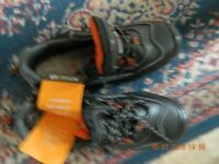 Mens Rokwear size 8 Saftey shoes