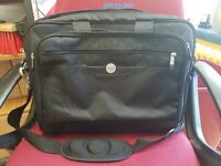 Laptop bag for up to 15.5 inch laptops ( new )