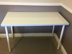 White gloss table (IKEA)