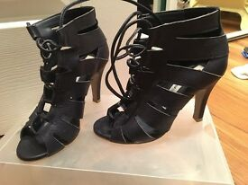 Size 2 Ladies Navy Gladiator Peep Toe Shoes