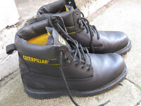 cat boots size 8 as new