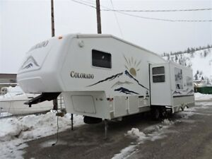 2005 Colorado 27 RL -