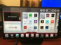 42inches lg hd smart tv with its remote in good working condition