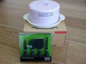 TYPHOON Vintage Kitchen Cheese Dome / Platter & Cheese Preparation Set, NEW