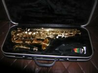 elkhart series 2 alto saxaphone