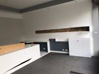 LOW COST MODERN OFFICE/RETAIL SPACE - ON A RAYNES PK HIGH STREET LOCATION