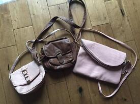 3 hand bags.