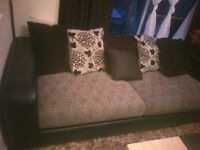 BLACK AND GREY SOFA SUITE