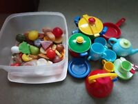 Large bundle of play food and cooking pots