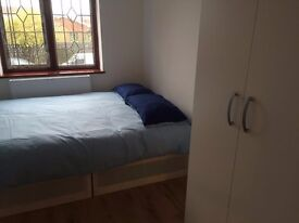 ST**BOOK NOW**LARGE ROOM FOR £480PCM
