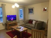 2 Bed Serviced Apartment - 43 Ha'Penny Way, Hull, HU9 - £70.00 per night