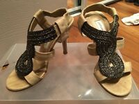 Size 2 Ladies Gold Beaded Sandles