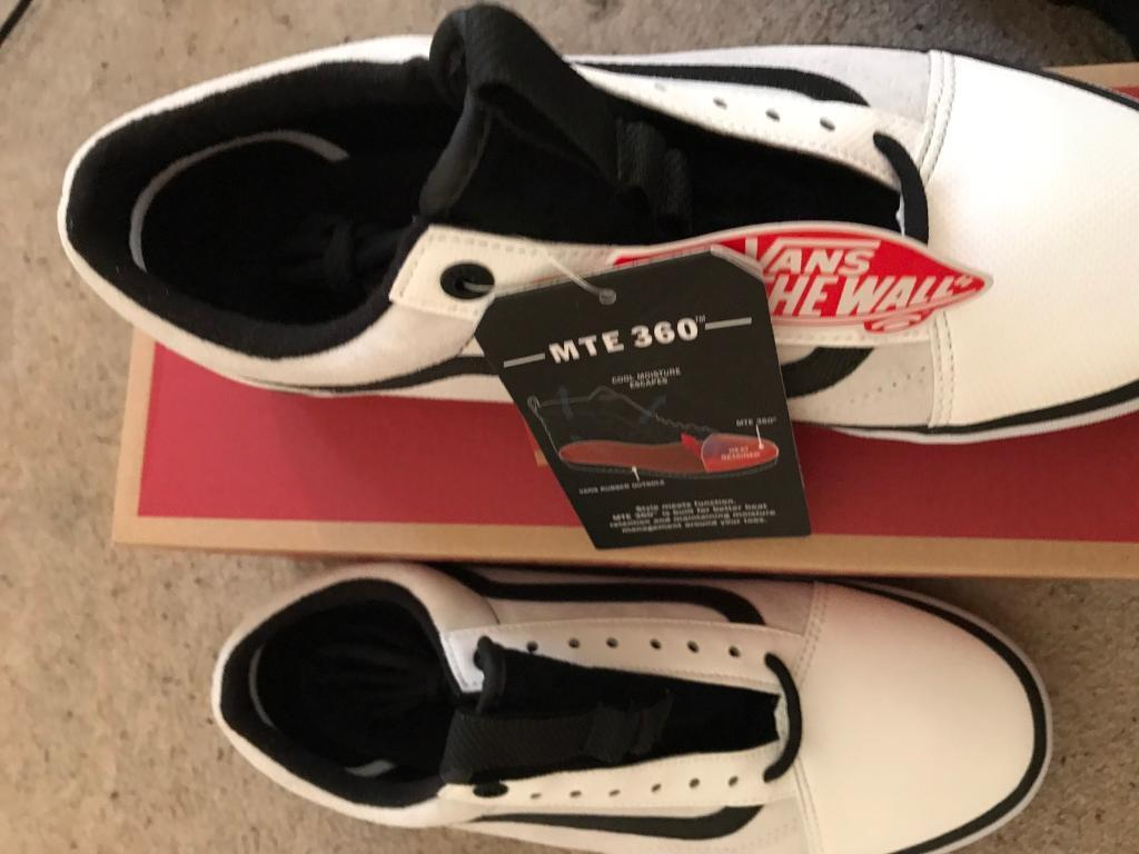North face vans Size 8.5 uk