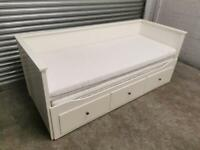 FREE DELIVERY IKEA HEMNES WHITE PULL OUT DAY BED WITH 2 MATTRESSES GREAT CONDITION