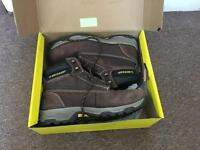 Dunlop shoes safety boots size 9.5