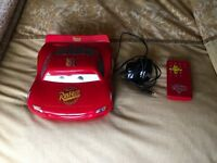 DISNEY PIXAR CARS 2 DVD PLAYER + REMOTE CONTROL