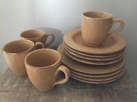 Dinner Set - 4 x Plates, Bowls, Cups £20.00