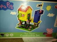 Peppa pig construction treehouse