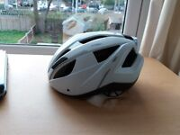 ABUS CRIVIT adult cycling / bike / bicycle helmet with red rear light on it (plus a gift) S/M size