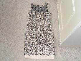 BEAUTIFUL SHIFT DRESS IN SIZE 12