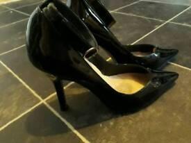 Shoes £7