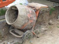 USED CONCRETE MIXER 240v (collection only from Hillingdon UB10 off Long Lane)