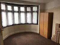 Three Bed house for rent in Edgeware-Part Dss accepted