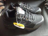 Dr Martens Gunaldo Steel Toe And Midsole Safety Shoes size 4 unisex