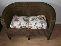 Small Sofa Rattan Curved Back