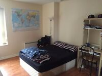 Double room in city centre penthouse