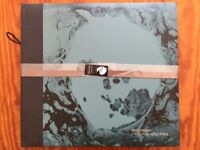 A Moon Shaped Pool Deluxe Vinyl