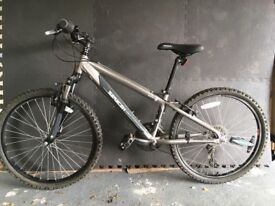 "Saracen boys bike 24"" (21 gears)"