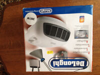 Delonghi Fan heater still in box suit for summer and winter