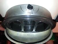 ROASTER OVEN - NOW REDUCED!!!!!