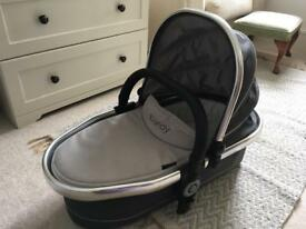 I Candy peach carrycot