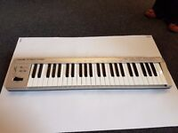 Roland PC-180A MIDI Keyboard